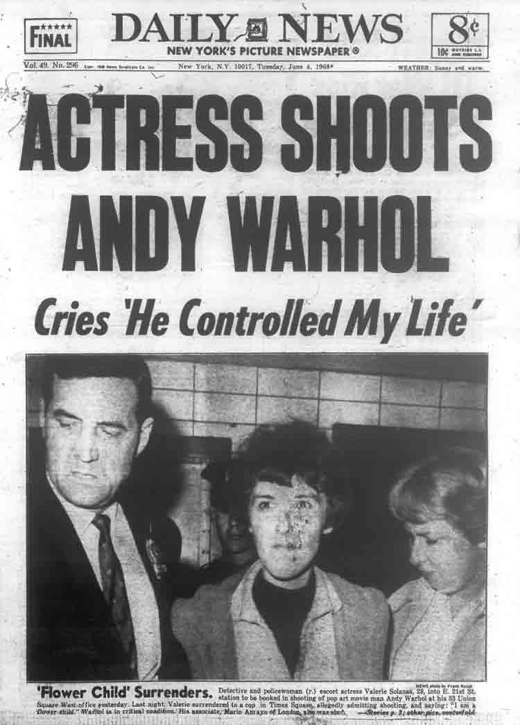 Valerie Solanas spara a Andy Warhol